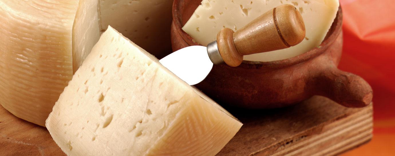 Cuchillo punzón para queso