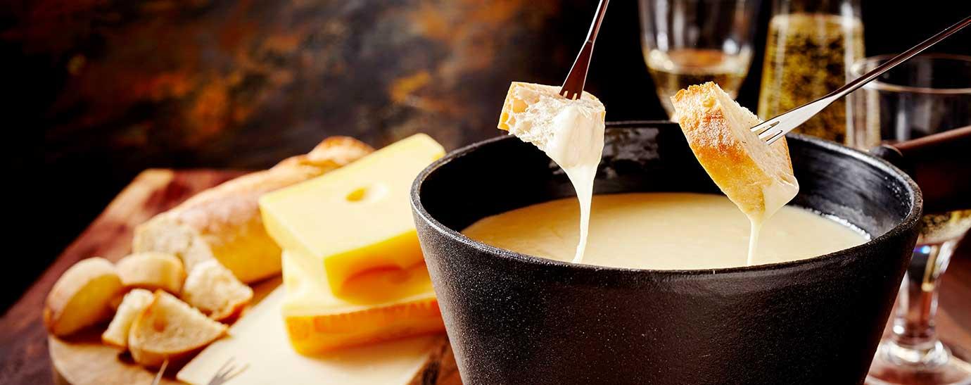 Fondue de queso y pan